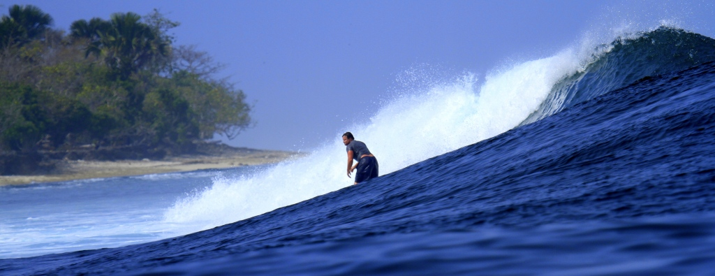 Winston Cowie surfing GLand, Indonesia