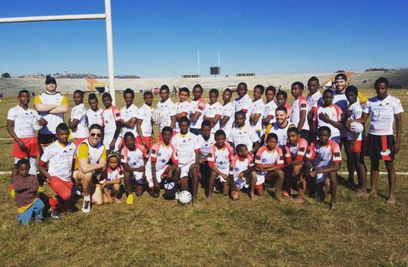 And the result in Madagascar - a full team kitted out in Abu Dhabi Saracens kit!